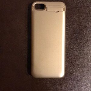 Accessories - iPhone 5s gold charging case